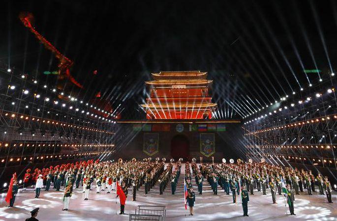 '평화의 나팔소리—2018' SCO 제5회 군악제 베이징서 개막