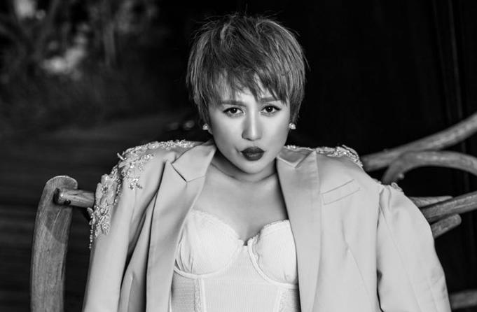마리 최신 화보 공개…숨길 수 없는 카리스마