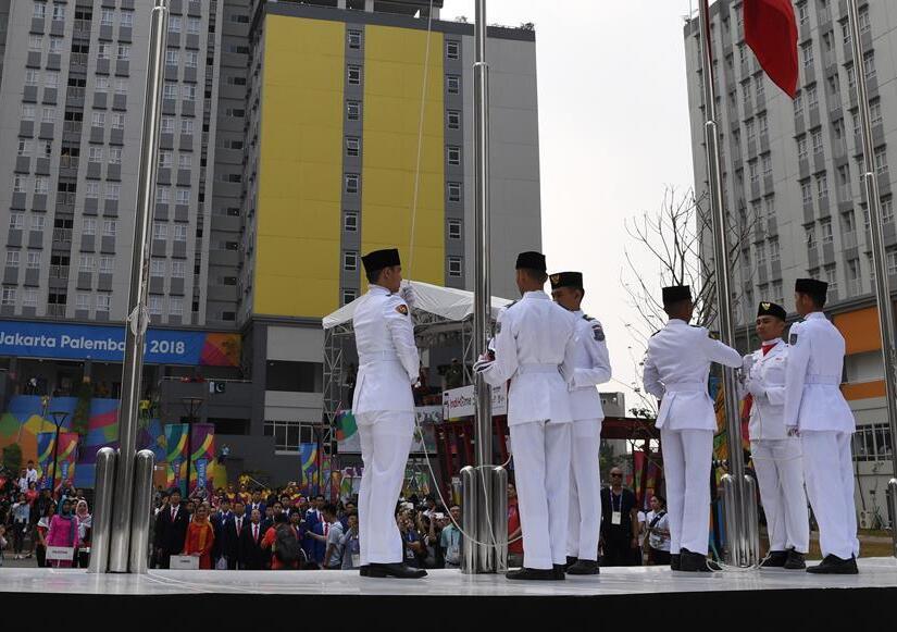 제18회 아시안게임 중국 대표단 자카르타에서 국기 게양식 개최