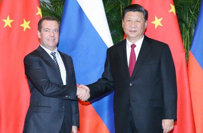 시진핑 中 국가주석, 메드베데프 俄 총리 회견