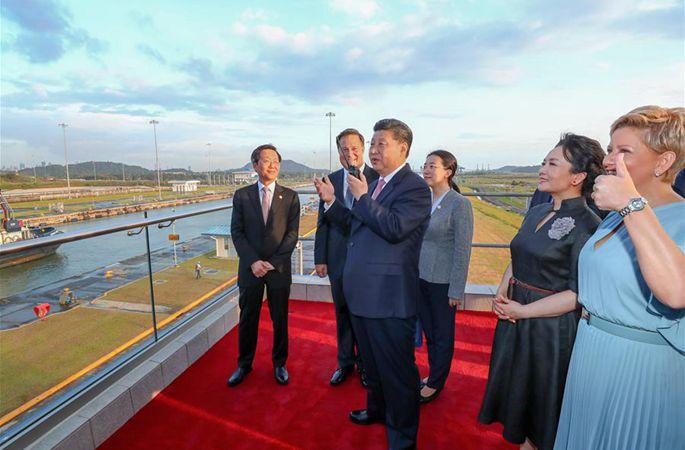 시진핑 中 국가주석, 바렐라 파나마 대통령과 함께 파나마운하 신수문 참관
