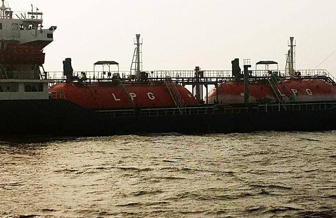 한국 LPG 운반선, 둥잉 해역서 가스유출 사고…산둥, 긴급 지원 나서