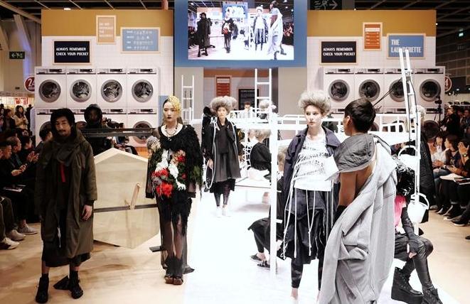 소극장식 창의적인 패션쇼로 홍콩패션제 개막