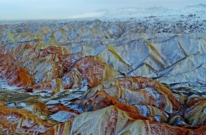 항공촬영:간쑤성 장예 단하의 설국 풍경