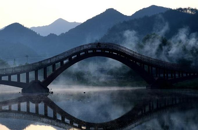 안후이: 룽촨의 아침