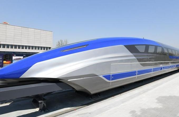 中 시속 600km 고속 자기부상 실험열차 조립 완성