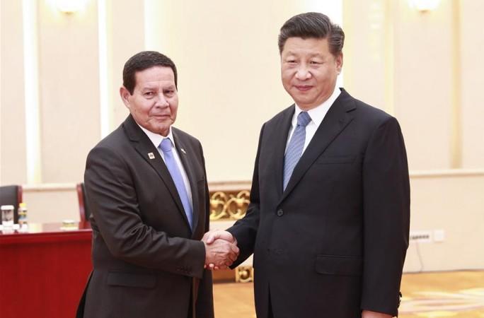 시진핑, 아미우톤 모우랑 브라질 부통령 접견