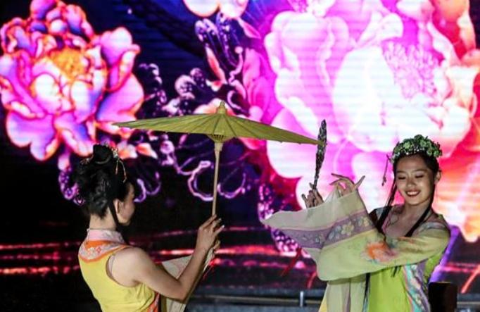 2019년 해협양안(쿤산) 추석맞이 연등회에 점등