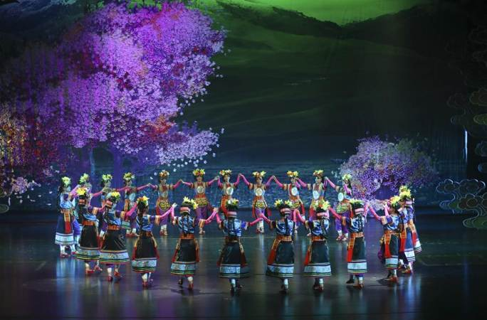 대형 무용극 '성세과장' 란저우서 상연