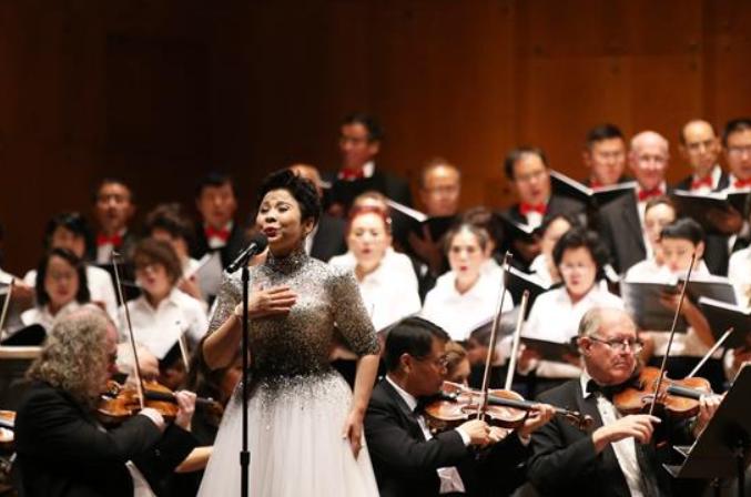 뉴욕 링컨센터, 세기 클래식 교향음악회 공연
