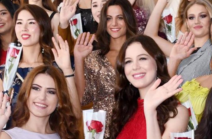 미스 투어리즘 월드 앞둔 칭다오 세계 미녀 총집합