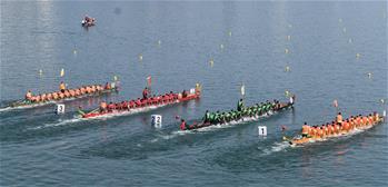 룽안: 국경절 맞이 용선대회 열려