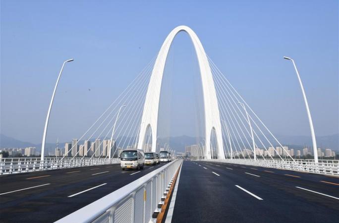 베이징: 신서우강 대교 개통