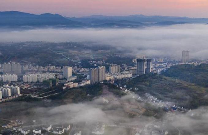 친링 뤄난현: 환상적인 풍경 연출