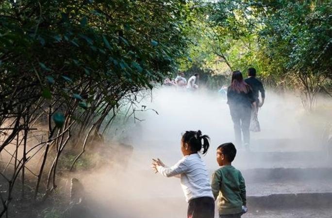 장쑤 쉬저우: 마링산의 깊어가는 가을 정취