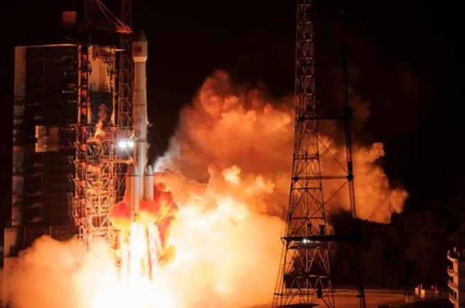 中, 통신기술 실험위성 4호 성공적으로 발사