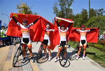 도로자전거—여자 도로 단체전: 중국팀 금메달 획득
