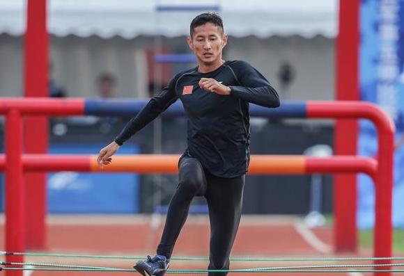 군사5종경기—판위청, 남자 종합 개인전서 장애물경기 세계기록 돌파