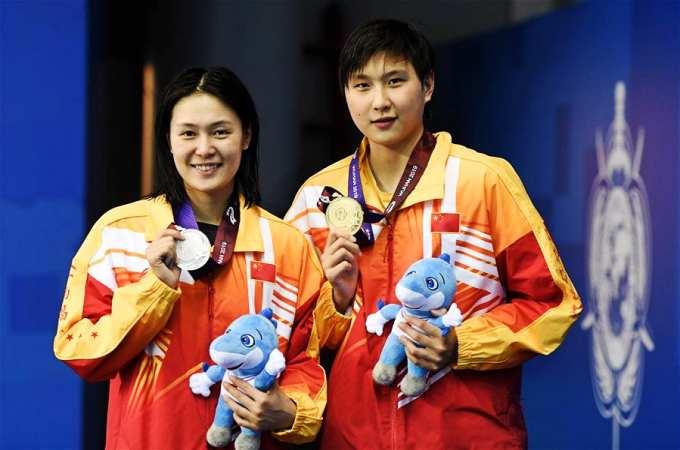 (수영) 中, 여자 800m 자유형 결승전서 금·은메달 석권