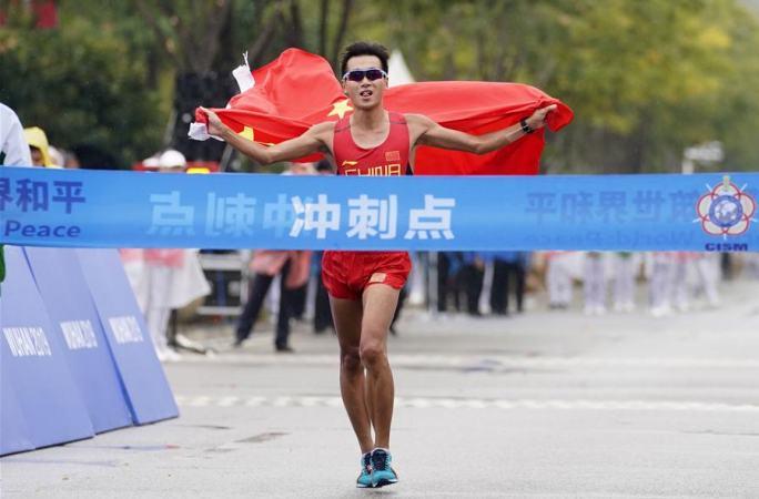 (육상) 中 선수 왕친, 남자 50km 경보 결승전서 우승