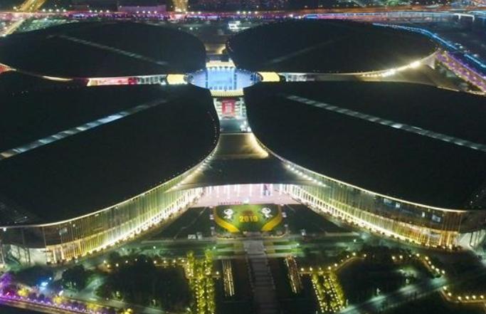 '국가컨벤션센터'의 화려한 위용