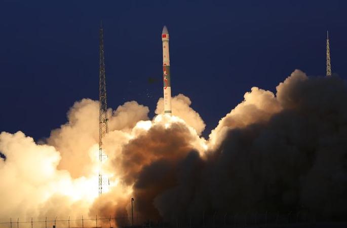 글로벌 멀티미디어 위성시스템 a단계 A·B 위성 성공리에 발사