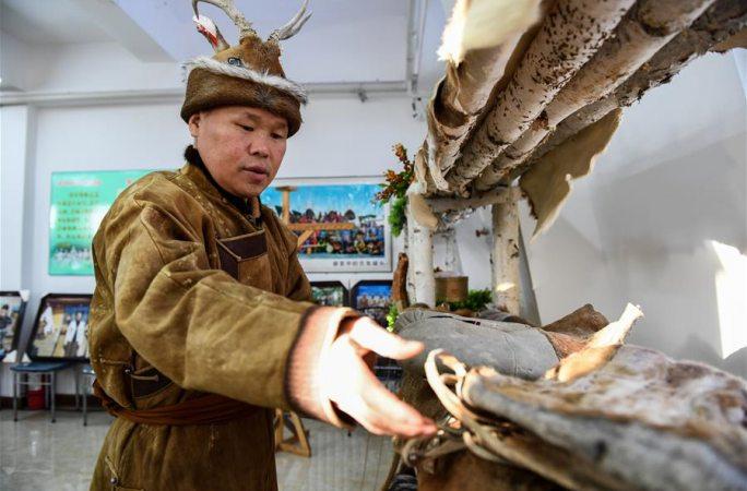 어룬춘족 사냥꾼 마을: 관광 공예품으로 변신한 사냥꾼 필수템