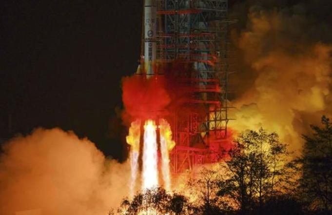 中, 통신기술 실험위성5호 성공리에 발사