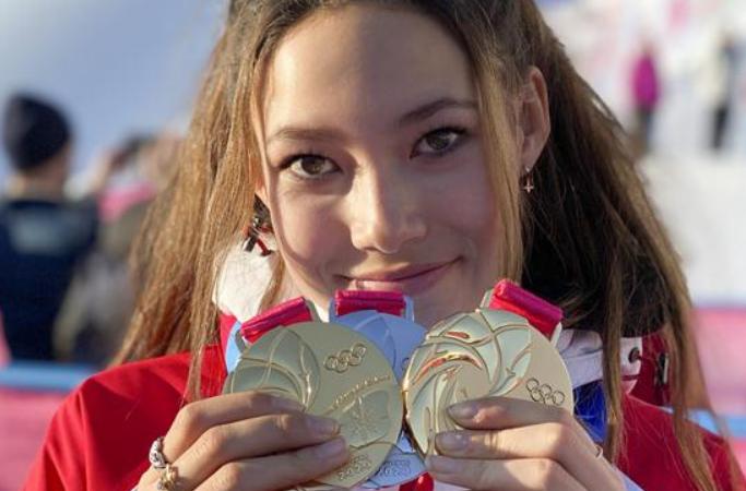구아이링과 그의 메달 3매