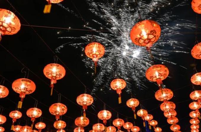 중국계 말레이시아인, 中 음력 새해 열렬히 축하