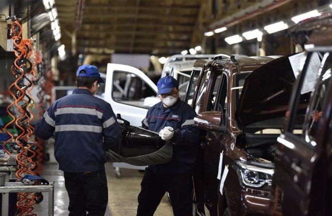 허베이 딩저우: 질서 있는 기업의 조업 재개