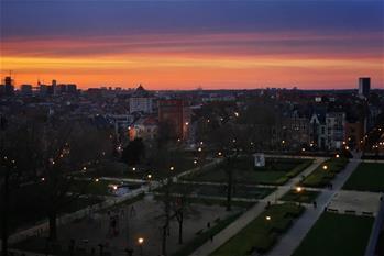 벨기에 총리, 전국 '도시 봉쇄' 선언