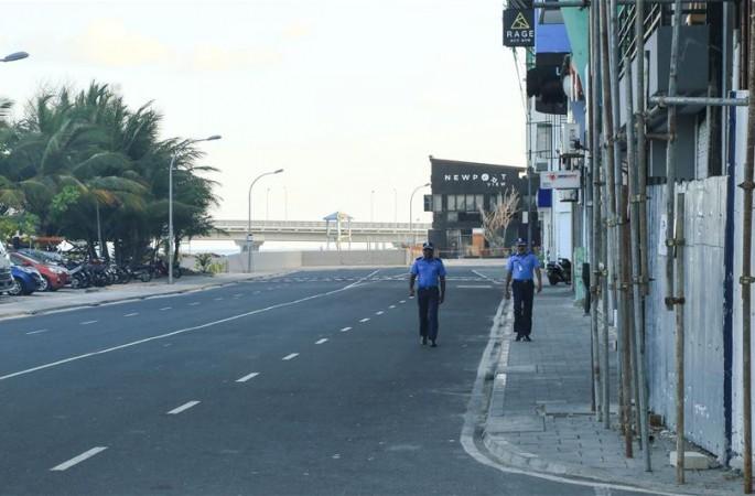 야간 통행금지한 몰디브