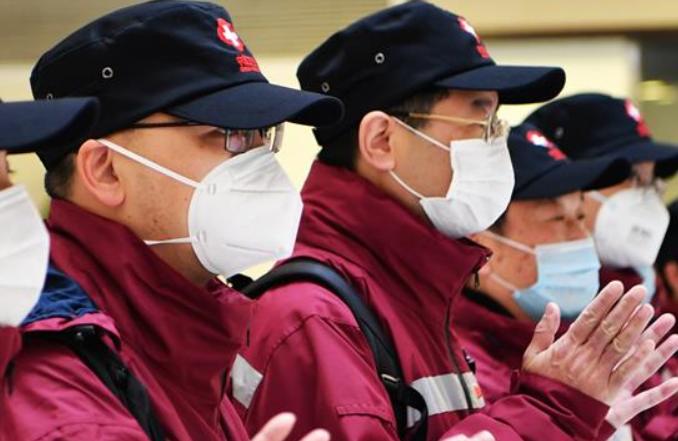 중국 방역 의료 전문가팀, 푸저우서 필리핀행 올라