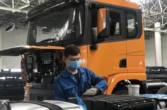 시장에서 자신감 찾다—신장 자동차 생산기업, 조업·생산 재개 일선 관찰