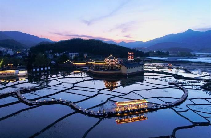 푸젠 저우닝: 역사마을 보호로 농촌진흥에 일조