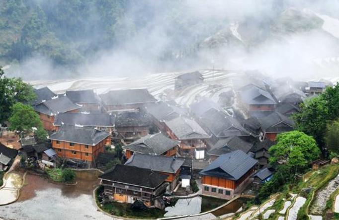 구이저우 충장: 거주 환경 정비…아름다운 농촌 가꿔