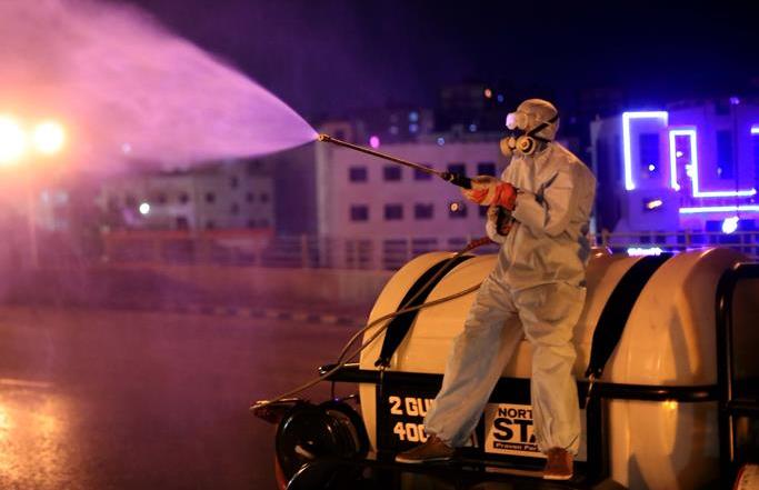 요르단: 버스차고지 소독 실시