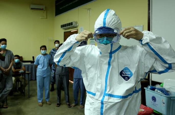 中 군대 방역 의료 전문가팀, 미얀마 군인 대상 코로나19 특별훈련 실시