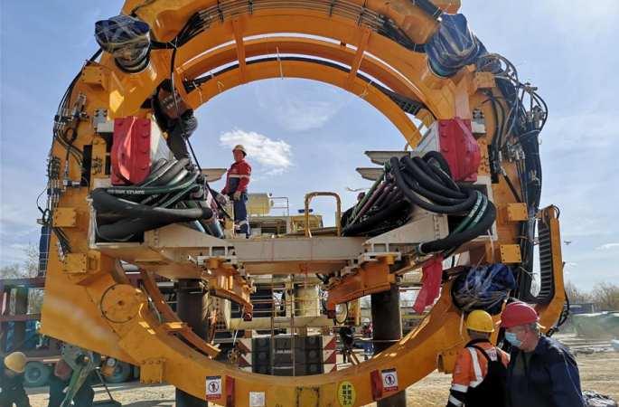 '대국중기', 모스크바에 등장...中 11미터급 대형 실드굴진기 러시아서 런칭