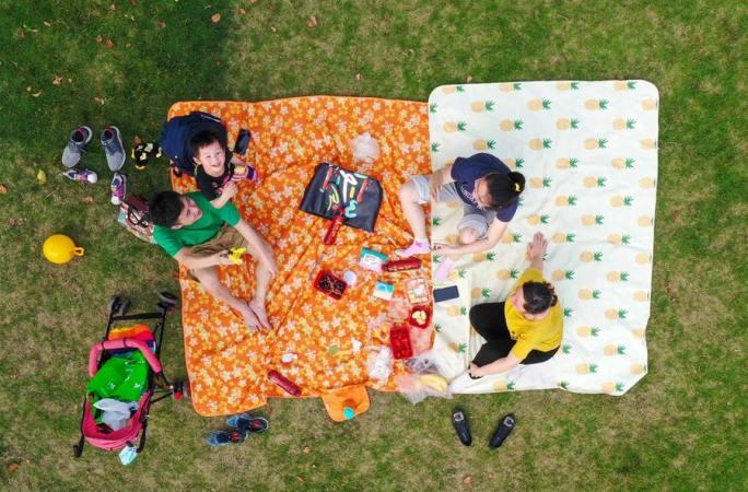 소비 회복, 건강한 나들이—노동절 연휴 관찰
