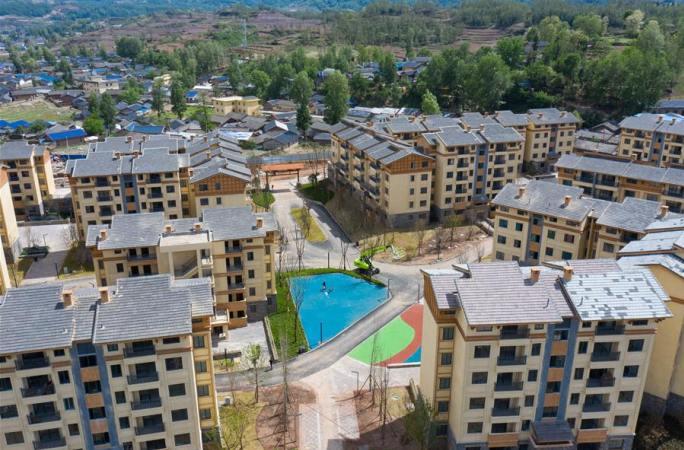 쓰촨 다량산: 사다리·벼랑과 작별, 새집에 입주