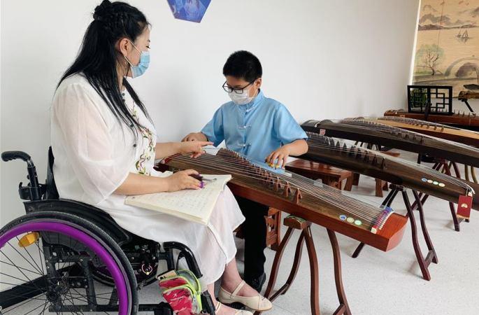 [차이나 스토리] 꿈을 키우도록 돕는 선행…신장 장애인 솽촹기지 개장 및 운영