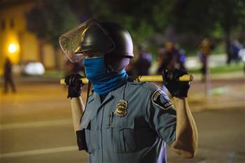 지속되는 美 미니애폴리스의 항의 시위