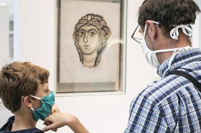 프랑스 봉쇄 해제 2단계…루브르 박물관 재개장
