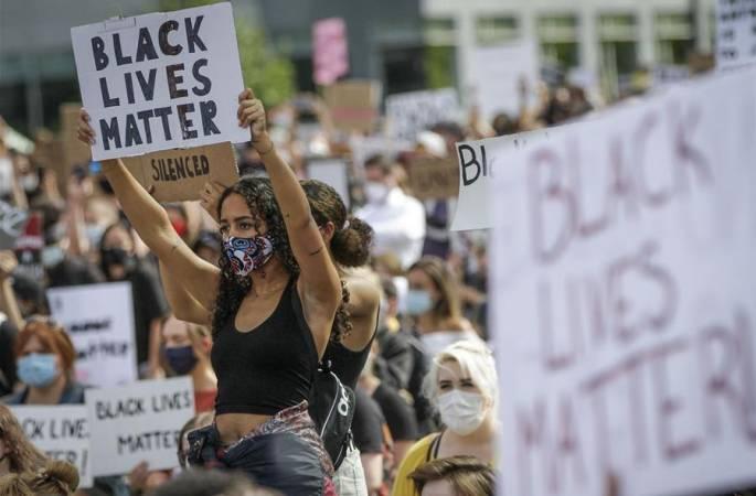 캐나다 밴쿠버, 인종차별 반대 가두시위