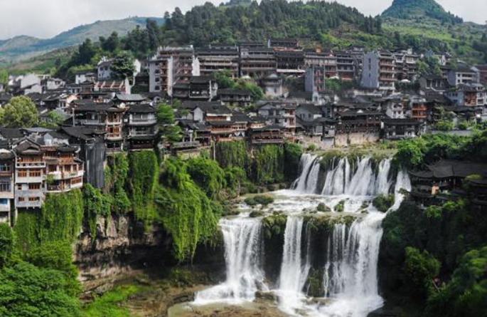 아름다운 농촌, 잘 사는 산골 주민—후난, 문화관광 특색 마을 굴기