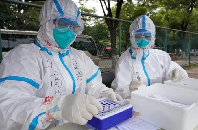 베이징, 14일 7만명 이상 핵산 검사…일부 지역사회 폐쇄관리 실시