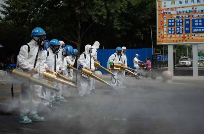 베이징: 검역·소독·살균 한창