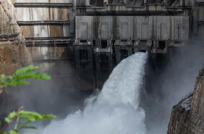 진사장 우둥더 수력발전소 첫 설비세트 발전에 투입
